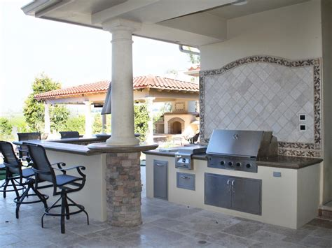 Modular Outdoor Kitchen Kits & Accessories