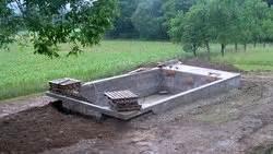 Stahlwandpool In Erde Einlassen : pool im garten selber bauen anleitung poolbau pool selber ~ Markanthonyermac.com Haus und Dekorationen