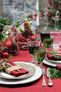 Esstisch Weihnachtlich Dekorieren : die besten 17 ideen zu weihnachtstisch dekoration auf pinterest weihnachtlicher tafelschmuck ~ Markanthonyermac.com Haus und Dekorationen