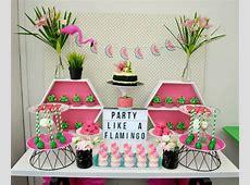 Chá de panela decoração com o tema flamingo