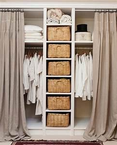 Vorhang über Bett : ber ideen zu vorhang schrank auf pinterest kleiderschrank aufbewahrung kindergarten ~ Markanthonyermac.com Haus und Dekorationen
