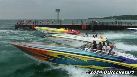 Boat Racing Videos by 100 Offshore Racing Boats Accelerating Youtube