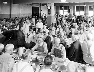 Workers on State Emergency Relief Administration | MNopedia