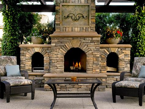 Outdoor Fireplaces : The Ideas For Outdoor Fireplace Designs For Your Need