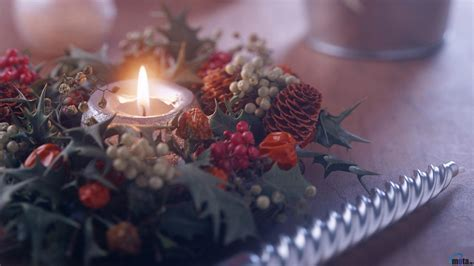 Download Wallpaper Christmas Candles (1600 X 900