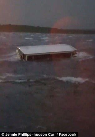 Duck Boat Capsized Video by 11 Dead After Tourist Quot Duck Quot Boat Capsizes In Missouri