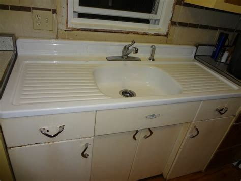 Refinish Youngstown Kitchen Sink by Vintage 1950s Youngstown Kitchen Sink And Cabinet 54