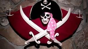 Disneyland's Pirates of the Caribbean Talking Jolly Roger ...