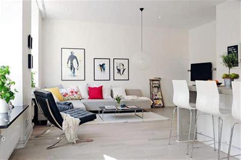 minimalist italian house on a flat open space digsdigs hoekbank opstelling in de woonkamer interieur inrichting