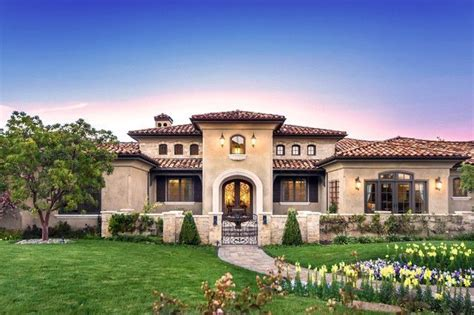 Modern Tuscan Style House Plans