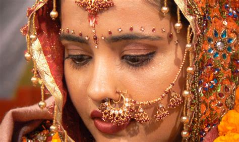 Les Traditions Du Mariage Indien, Hindou Et Bollywood Native American Jewelry Naples Florida Jewellery Las Vegas Sales Associate Cover Letter Training Tips Berkeley Ca Supplies Video Reddit