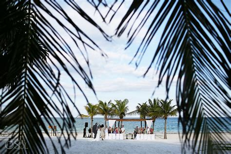 destination wedding at secrets maroma and andrew sol photography