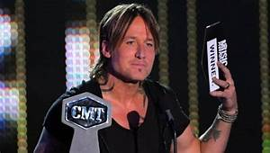 Keith Urban: Takes home four trophies for his videos at ...