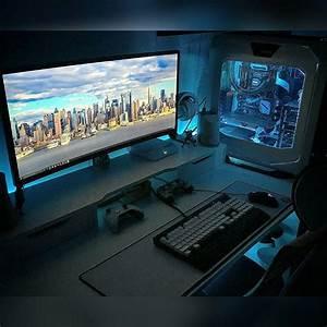 Gaming Zimmer Ideen : minimalist pc gaming setup google search home ideas pinte ~ Markanthonyermac.com Haus und Dekorationen