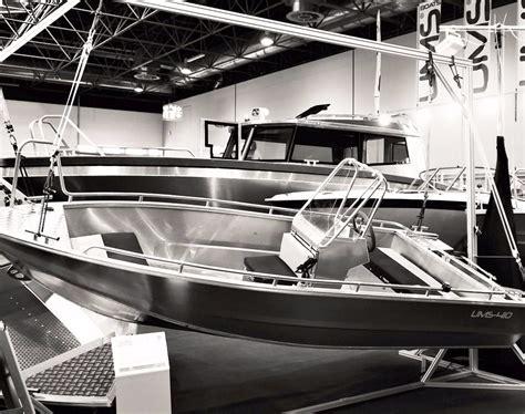 Aluminium Boot Cabin by Unternehmen Ums Boote