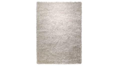 nettoyer un tapis shaggy amazing tapis shaggy gris duesprit home par tapis chic with nettoyer