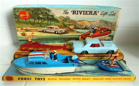 Toy Boat And Trailer Set by Corgi Toys Scale 1 43 Gift Set 31 Buick Riviera