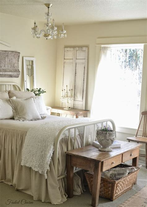 25 best ideas about antique bedroom decor on antique decor bedroom stands