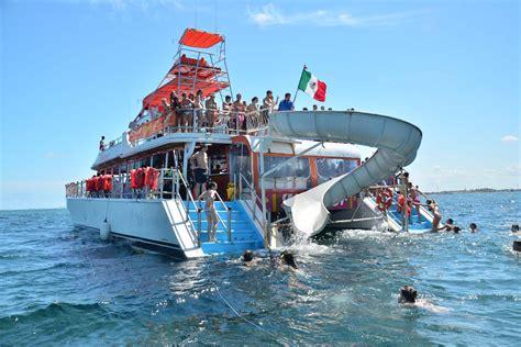 Catamaran Spanish Dancer by Dancer Day Cruise Lumaale Tours