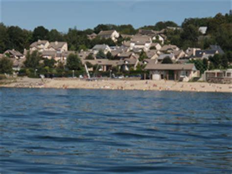 lacs et plages tourisme l 233 v 233 zou pareloup aveyron 12