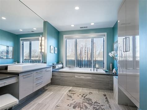 27 Cool Blue Master Bathroom Designs And Ideas (pictures