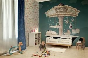 Tapeten Für Babyzimmer : kunstvolle tapeten im kinderzimmer ~ Markanthonyermac.com Haus und Dekorationen