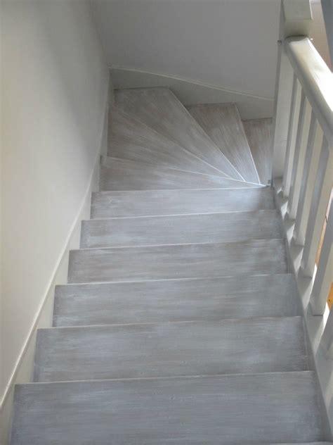 peinture bois escalier wikilia fr