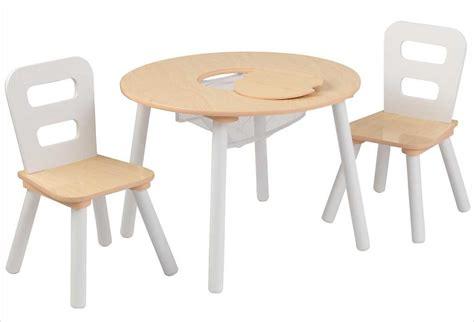 table en bois blanche pour enfant et 2 chaises kidkraft