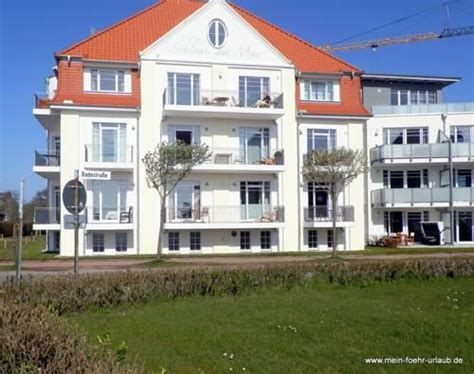 Apartments Wyk Auf Fohr Schloss Am Meer  Compare Deals