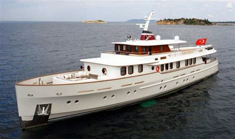 Motorjacht Livingstone by Turkish Yacht Maker Launches New Motor Yacht