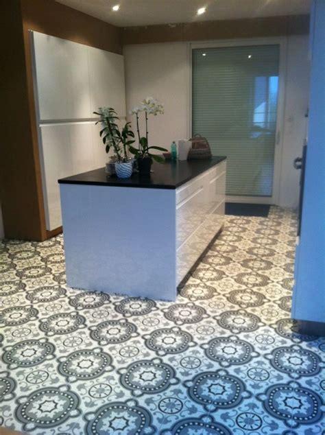 carreaux ciment 20x20cm baroque noir blanc et gris d 233 cors tapis carrelages du marais cuisine