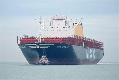 le msc oscar plus gros porte conteneurs au monde