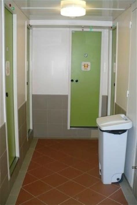 sdb picture of hotelf1 porte de montmartre tripadvisor