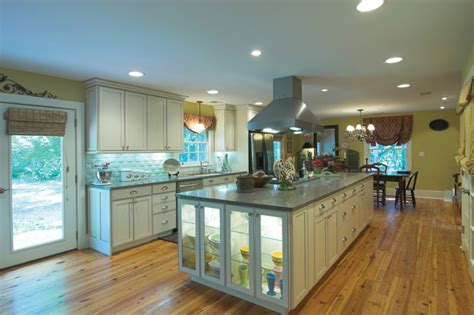 Using Under-cabinet And Task Lighting For Function And