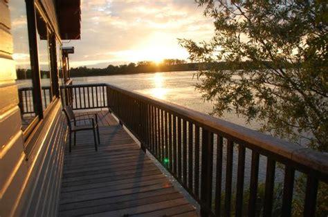 coucher de soleil sur la garonne picture of la maison du fleuve camblanes et meynac tripadvisor