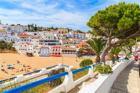 march weather averages for carvoeiro portugal