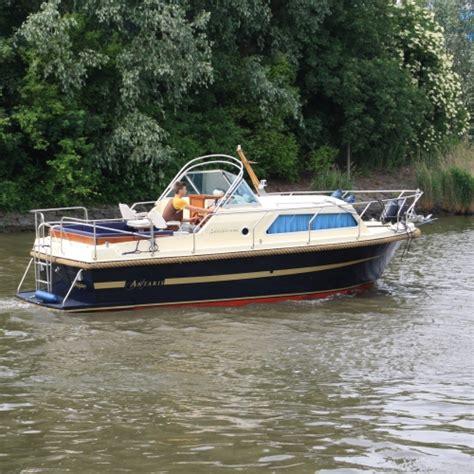 Kajuitboot Huren Drimmelen by Luxe Kajuitboot Met Verwarmde Hut