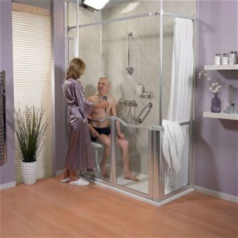am 233 nager une salle de bains pour les personnes 226 g 233 es le magazine des seniors