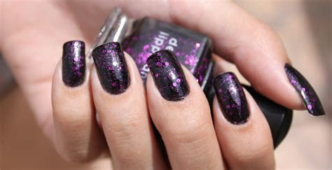Toxins Lurking In Nail Polish Are Harmful