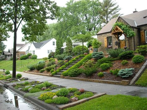 Slope Yard Ideas by Landscaping For Sloped Front Yard With Steps Home