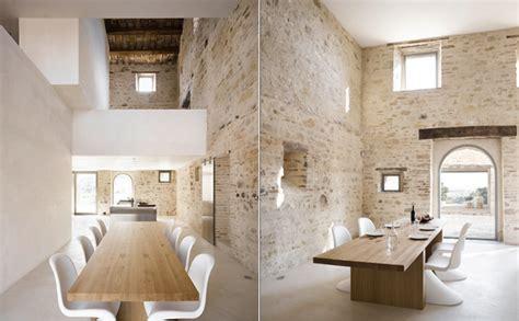 Minimalist 300 Years Old Farmhouse Decoholic