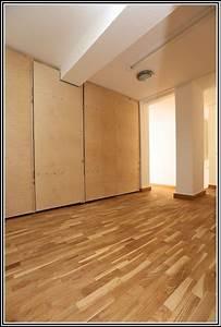 Auf Fliesen Tapezieren : parkett auf fliesen kleben fliesen house und dekor galerie 8640vjbgjy ~ Markanthonyermac.com Haus und Dekorationen