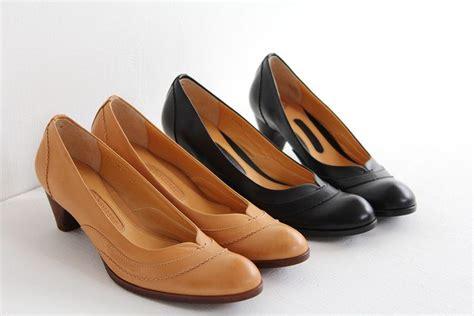Chausser(ショセ)*チェーンステッチラウンドトゥパンプスc2038 靴通販 Shoes Gallery Hana