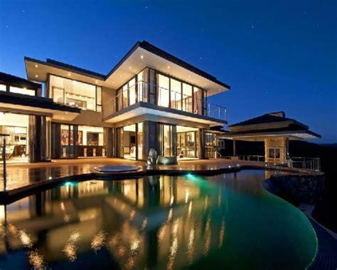 Beautiful House Exteriors Gamerbabebullpen