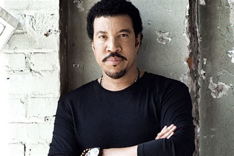 Lionel Richie Brings Country Home To 'tuskegee'