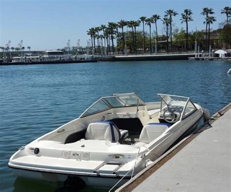 Boat Trailer Rental Long Beach Ca by 18 Foot Bayliner Runabout 18 Foot Motor Boat In Long