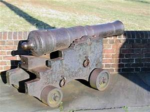 Revolutionary War Cannons @ the Daughters of the ...