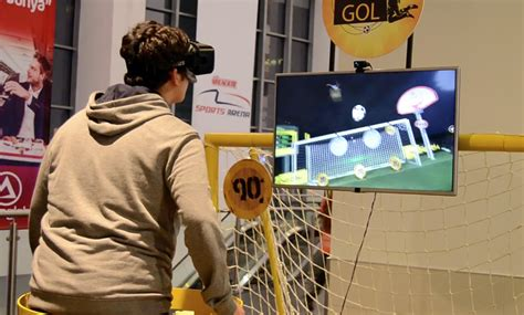 This Virtual Reality Demo Gets Your Head In The Game Vrscout