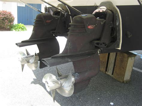 Stern Drive Boat Is by Comparing Sterndrive Io Vs Inboard Engines For Power