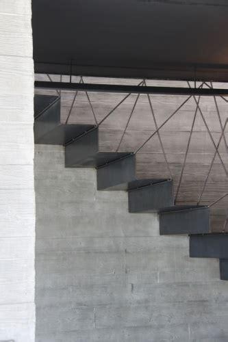 architectes toulouse maison de b 233 ton et d acier maison r 233 solument contemporaine
